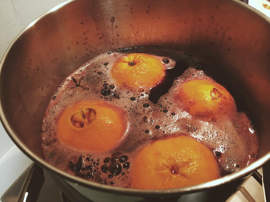 תפוזים ביין