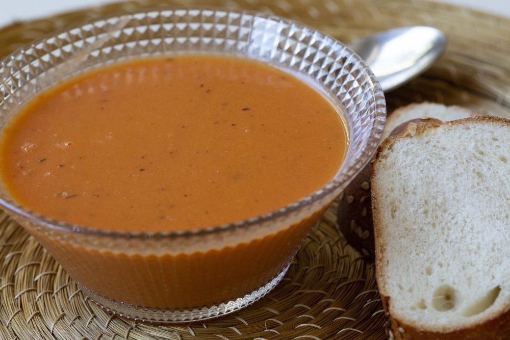 מרק עגבניות קל